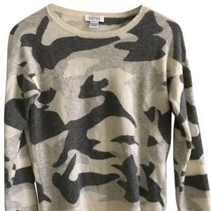 BARNEY'S New York Women's Camouflage Sweater M